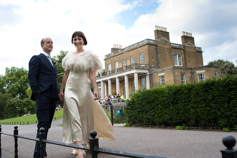 Bride and groom outside Clissold House