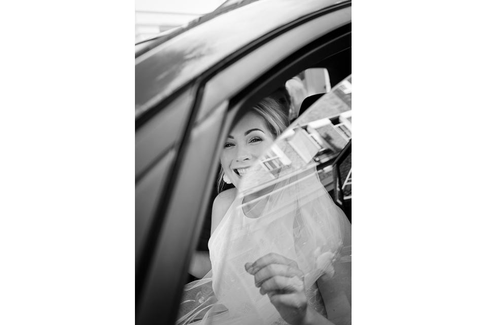 Documentary Wedding Photographer 5000