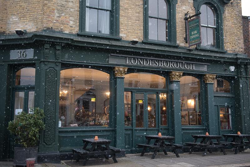 Snow at the Londesborough Pub in Stoke Newington