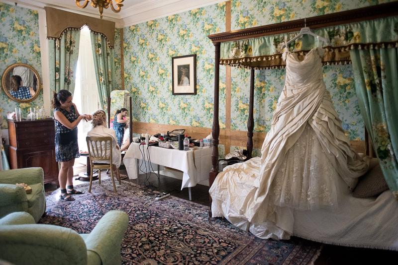 Bridal prep at Chiddingstone Castle