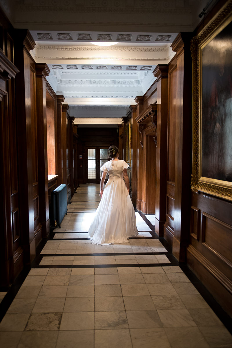 Bride arrives at Old Marylebone Town Hall